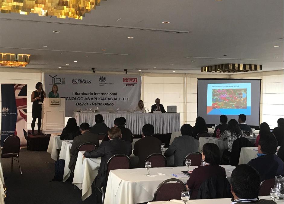 Kathy Hicks at Bolivian seminar